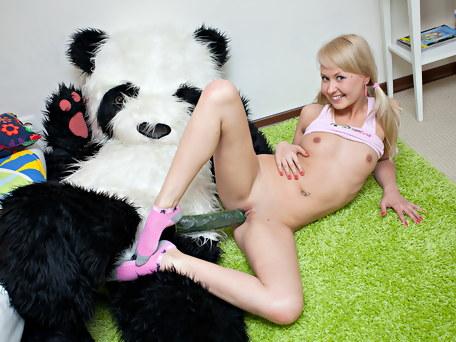 panda-fuck-big-black-cock-in-teen-pussy.jpg